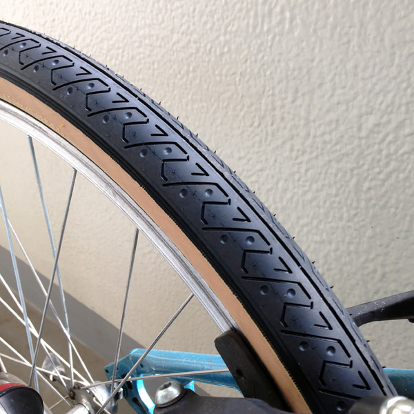 tire.jpg (101.4 kB)